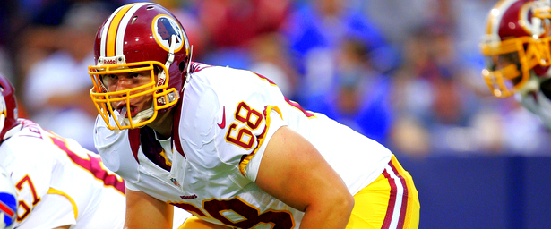 Tom Compton Will Start at Right Tackle Against Dallas