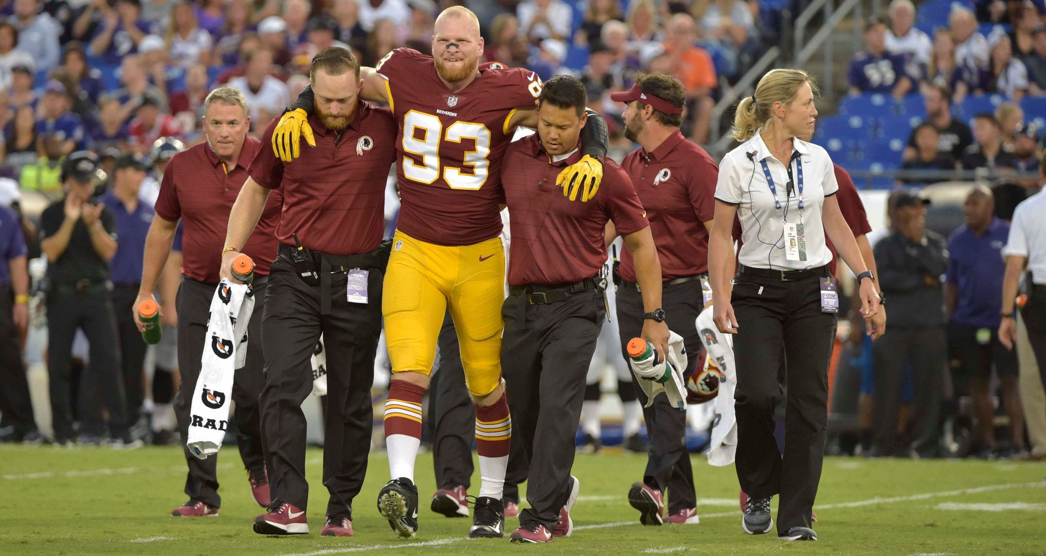 Redskins LB Trent Murphy Will Miss the Entire 2017 Season With Torn ACL/MCL